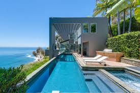 property homes being sold by jennifer lopez mathew perry