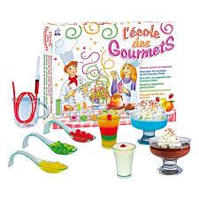 atelier cuisine pour enfants jeux d imitation et jeux scientifiques sur le thème de la cuisine
