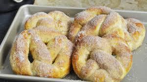 donuts hervé cuisine recette des pretzels ou bretzels briochés sucre cannelle