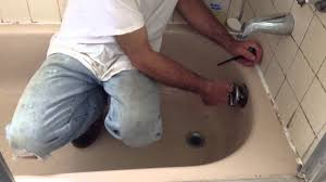 Best Way To Unclog A Bathtub How To Unclog A Bathtub With Larry The Plumber Youtube