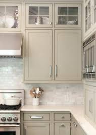deco cuisine taupe deco cuisine taupe nos idees pour repeindre ses meubles de cuisine