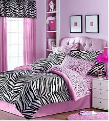 bedrooms with zebra print design bold zebra print bedroom ideas