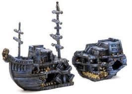 medium pirate treasure chest ship fish tank ornament