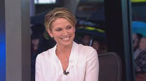 amy robach hairstyle amy robach takes over as news anchor for josh elliott on gma