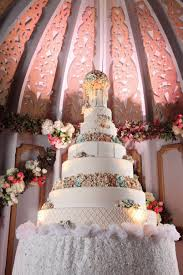 wedding cake surabaya lucky seven by elly s cake boutique bridestory