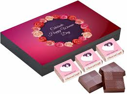 s day chocolates best gift for women s day chocolate box for gift chococraft