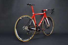 ferrari bicycle www twohubs com ferrari red colnago c59 disc shimano dura ace