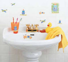 light and lively kids u0027 bathroom decorating idea light and lively