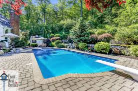 Great Pool Demands Attention Now At 595k Great Space Super Neighborhood