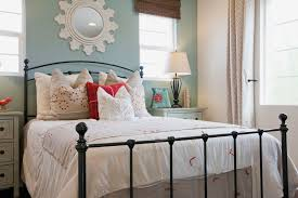 Shabby Chic Beds by Photos And Tips For Decorating A Shabby Chic Bedroom