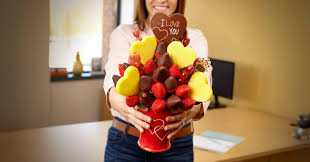 edible arrangementss paid content by edible arrangements a sweet bouquet for