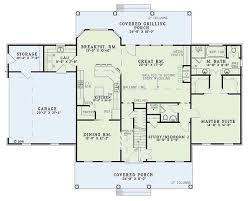 colonial style house plans colonial style house plan 4 beds 2 5 baths 2603 sq ft plan 17