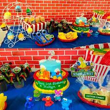 best 25 ferris wheel cupcake holder ideas on pinterest cupcake