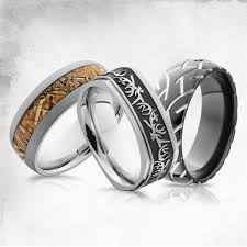 mens camo wedding rings camo and tire tracks men s wedding bands men s wedding