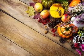 thanksgiving arrangement with pumpkin and vegetables copy space