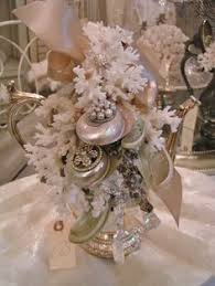 Seashell Centerpieces For Weddings by Bejeweled Shells On Bottles Looks Like Greyfreth Can U0027t Find