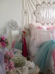 Shabby Chic Decor Bedroom by 264 Best A Lovely Shabby Bed Images On Pinterest Bedrooms