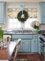 Christmas Window Ribbon Decorations by Holiday Window Ideas Christmas Kitchen Windows
