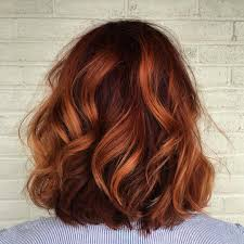 auburn copper hair color shoulder grazing copper coated wavy locks hairstyles pinterest