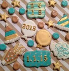 New Years Eve Decorated Cookies by New Year U0027s Eve Sugar Cookie Set Gold Silver Grey Street Clock