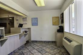 Motel 6 We Ll Leave The Light On For You Motel 6 Abilene Tx Booking Com