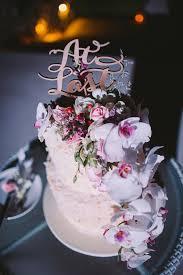 Wedding Cake Bali Waterside Destination Wedding In Bali Ruffled