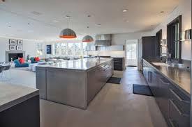 cuisine moderne ouverte salon cuisine ouverte moderne rayonnage cantilever