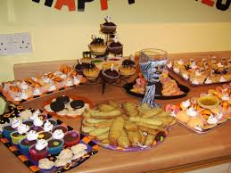 halloween party food ideas how to throw a halloween party on a budget coupon closet