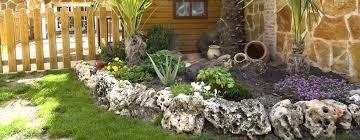 imagenes de jardines pequeños con flores cómo decorar un jardín con estilo feng shui hoy lowcost