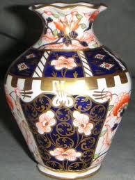 Royal Crown Derby Vase Royal Crown Derby Traditional Imari China