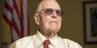 hoover to lead parade annual veterans day parade grand marshal