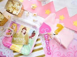 Disney Princess Party Decorations Diy Hacks For A Store Bought But Still Pinterest Approved Princess