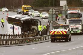 m4 crash two injured after coach carrying foreign students