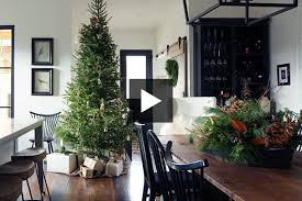 simple christmas decor ideas for a relaxed holiday season