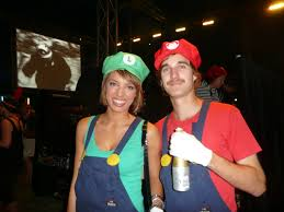 easy halloween costumes for couple 16 couples halloween costumes to try with your significant other