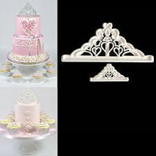 Cupcake Decorating Tools 2pcs Crown Plastic Fondant Cutter Cake Mold Fondant Cupcake