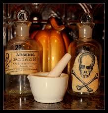 Super Scary Halloween Party Ideas Art Is Beauty Super Spooky Halloween Poison Bottles