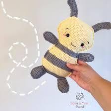 bumble bee free crochet pattern u2022 spin a yarn crochet