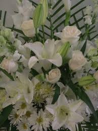 funeral flowers delivery fleuriste montreal unny montreal flower delivery funeral