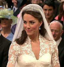 kate middleton wedding tiara the royal order of sartorial splendor tiara thursday the cartier