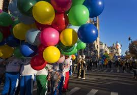balloon delivery greensboro nc macy s parade rolls on with balloons bands security