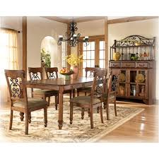 d429 35 ashley furniture wyatt dining room rectangular ext table