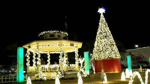 The Grinch Christmas Lights Christmas Light Show The Grinch Grapevine Tx Youtube