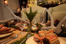 Holiday Decorated Homes by Home Element Holiday Table Decoration Ideas Authorityformulas With