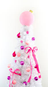 a kailo chic diy it colorful ornaments and tree topper