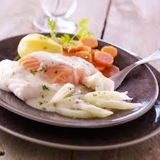 un roux cuisine recette blanquette de poisson préparer un roux faire fondre 30g