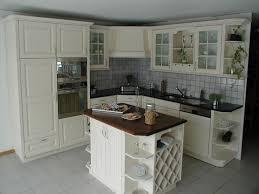 relooker sa cuisine en chene relooker une cuisine rustique repeindre les meubles de cuisine