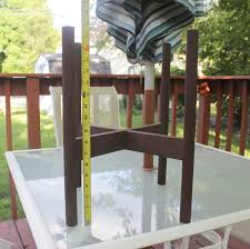 How To Build A Planter by Remodelaholic Diy Wooden Planter Stand