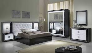 deco chambre lit noir chambre adulte noir et blanc avec 100 ides de deco chambre adulte