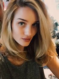 rosie huntington side parted lob rosie huntington whiteley long bob lob elle hair pinterest